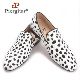 Wholesale Horse Shoe Size - Piergitar 2017 new handmade men fashion party and wedding loafers Zebra pattern horse hair men dress shoes Plus size male flats,size38-47