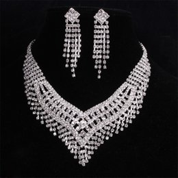 Wholesale Earing Set Crystal - Free Shipping Metallic Clear Crystal 5 Row Fringe Chucky Choker Necklace & Earing Set Wedding Bride Gift Jewelry Set MN17503