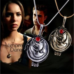 Wholesale Vintage Vampire Diaries Jewelry - The Vampire Diaries Necklace Vintage Fashion Verbena Pendant Can Be Opened Jewelry For Men Women Jewelry Accessory Wholesale