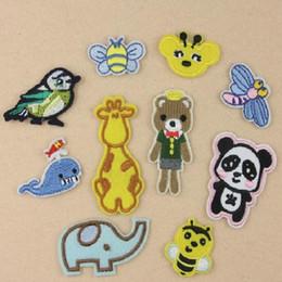 Eisen auf Patches DIY gestickt Patch Aufkleber für Kleidung Kleidung Stoff Abzeichen Nähen Fisch Panda Tier Cartoon Design von Fabrikanten