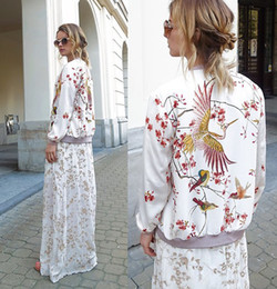 2019 giacca da donna floreale uccello All'ingrosso-Autunno nuove donne di marca Oriental Bird Floral Print Bomber Jacket Phoenix modello 679 giacca da donna floreale uccello economici