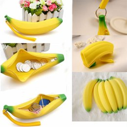 Wholesale Novelty Key Cases - 2017 Novelty Silicone Banana small purse Banana coin Pencil Case Wallet bag purse bag key Keychain Cosmetic Jewelry Gifts Waterproof