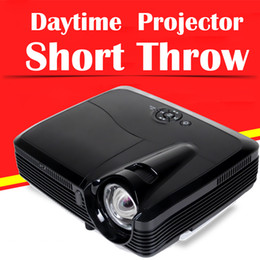 2019 3d-фильмы Wholesale-Ultra Short Throw Projectors 1080P Full HD 3D Led Daytime Video Movies 7500 Lumens Android Stick Free for Home Theater Edu дешево 3d-фильмы