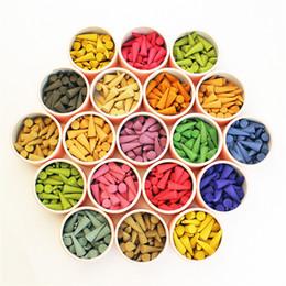 großhandel parfums sets Rabatt Großhandels- (Über 40 PC / Kasten) Pagode-Weihrauch-natürliche Duft-Stöcke Rosen-Tulpe-Geruch-Turm-Sandelholz-Gewürz-Behälter-Haushalts-Parfüm-Satz