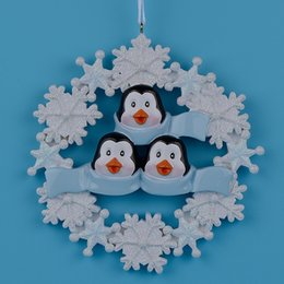 Wholesale Resin Craft Souvenir - Penguin Family Of 3Resin Hang Christmas Ornaments With Glossy Snowflake As Craft Souvenir For Personalized Gifts Or Home Decor