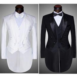 блейзер дизайн шеи для мужчин  Скидка (куртка + брюки + жилет + галстук-бабочка) 2020 Мода Мужские костюмы фрак смокинг Пром Groom Wedding White Black Slim Fit Мужской Singer