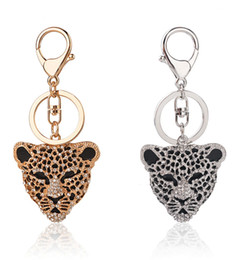 Wholesale Metal Prices Zinc - Leopard Head Key Chain Full Diamond key Ring Wholesale Price Import Materials Keychains Car Bag Charm Ornaments Pendant Accessories