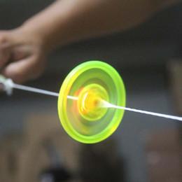 Brinquedo de pires on-line-Barato Led Fidget Spinner para Crianças Brinquedos Led Led Som UFO Puxar light-emitting flywheel flash top mão disco voador Brinquedos Girando presentes
