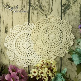 Wholesale Vintage Round Crochet Doily - Vintage DIY Multicolor 16cm Flowers Coaster Handmade Crochet Doilies Wedding Table Decor Cup Pad Props Placemat 30pcs lot