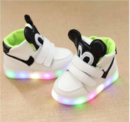 Wholesale Cartoon Shoes For Toddlers - Led Shoes for Children Kids Lighting Sport Running Shoe Casual Fashion Cartoon Mouse Baby Toddler Sneaker Luminous Athletic Flat Shoes