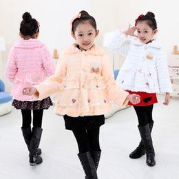 Wholesale Wholesale Toddler Faux Fur Coats - Faux Fur Coat wth pearl and lace Junoesque Baby Toddlers Girls Fleece Lined Kids Winter Warm Jacket 3 colors k007