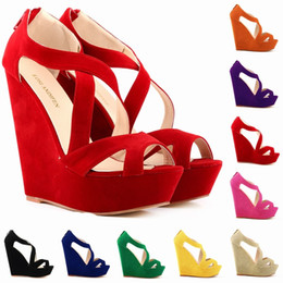 Zapato cortado online-Chaussure Femme mujeres de la manera recortadas bombas de plataforma de gamuza sintética Peep Toe tacones altos zapatos de cuña Sandalias tamaño 35-42 D0083