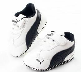 Moda Nuevo Otoño Invierno Zapatos de bebé Chicas Niño Primeros caminantes Zapatos recién nacidos 0-18M Zapatos Primeros caminantes desde fabricantes