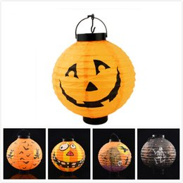Wholesale Lighted Halloween Bat - 2017 Halloween suppies paper pumpkin ghost bat pattern paper lantern with hook Led light in well packing free shipping