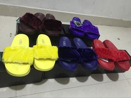 Wholesale Plush Flip Flops - New Rihanna Leadcat Fenty Outdoor Slide Slippers Ladies Faux Fur Burgundy Slippers Indoor Pink Grey Black Cool Blue Sandals Box and Dustbag