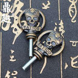 2pc / lot pro piercing tatouage mitrailleuse fantômes poignée poignée écrou fournitures de vis accessoire de tatouage Freeshipping TG5508 ? partir de fabricateur