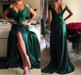 Esmeralda verde laço vestido de baile on-line-2019 New Front Split Prom Dress High Quality Off Shoulder Top Lace Long Modest Emerald Green Women Evening Party Gowns vestidos de festa