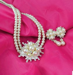 Wholesale South Korean Fashion Dresses - Jewelry set The Bride Wedding Dress Accessories Korean Pearl Crystal Flower Necklaces Earrings Pendants Wholesale Fashion beads for Women