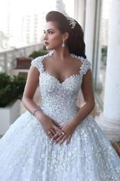Wholesale Long Barato - Exquisite 3D-Floral Appliques Wedding Dresses Lace Beaded Backless Long White 2017 Sweetheart Bridal Gown Vestido de Noiva Barato