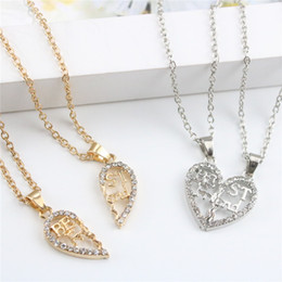 Wholesale Friends Gold - 2pc Set Best Friends Necklaces Hollowed-out Heart Pendant Necklaces Alloy Rhinestone Friendship Necklace Jewelry For Friend