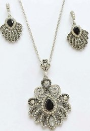 Wholesale Filigree Black Earrings - 2017 New Classic Stone Jewelry Bucolic ZInc Metal Ornaments Relief Style Pendant Necklace With Earrings Filigree Floral Casting Jewelry Set