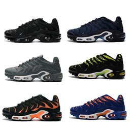 Wholesale Fashion Cakes - 2017 New Running Shoe Men TN Shoes Sell Like Hot Cakes Fashion Increased Ventilation Casual Shoes size 40-46