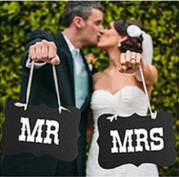 Casamentos de decoração de fitas on-line-DIY Preto Mr Mrs Placa De Papel + Fita Sinal Foto Cabine Adereços Decoração de Casamento Favor de Partido photocall para casamentos