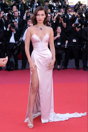 Wholesale bella white - Bella Hadid Cannes Film Festival 2017 Pearl Pink Strapless Thigh-high Split Slip Celebrity Dresses Prom Evening Dress Custom Made