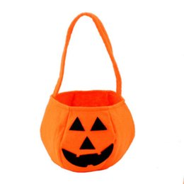 Wholesale Halloween Party Treats - 2018 New Trick or Treat Fashion Hot Halloween Smile Pumpkin Bag Kids Candy Bag For Children Handhold bag Festival Party Supplies