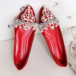 Wholesale Wedding Flat Sandals For Women - Sexy Rhinestone Pumps For Women Shoes Pearls Flat Heels Women Cystal Wedding Shoes Pointed Hollow Sandals Female Shoes