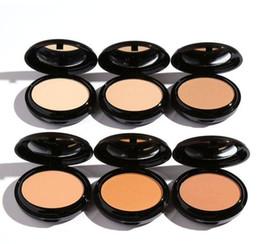 2019 porte médiatique NOUVEAU Maquillage Studio Fix Face Powder Plus Fondation 15g Volume Haute Qualité NC20 NC25 NC30 NC35 NC37 NC40 NC42 NC43 NC45 NC50 NC55