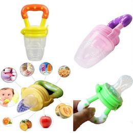 Wholesale Baby Milk Nipple - 2017Kids Nipple Fresh Food Milk Nibbler Feeder Feeding Safe Baby Supplies Nipple Teat Pacifier Bottles Silicone Pacifier 2