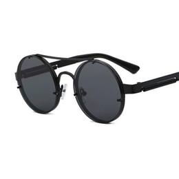 Steampunk glasses mens online-Steampunk Sonnenbrille Runde dunkle Brille männlich Gold Frame Metall Gothic Mens Sonnenbrille Frauen Shades Brand Designer retro Brille Lady Brillen