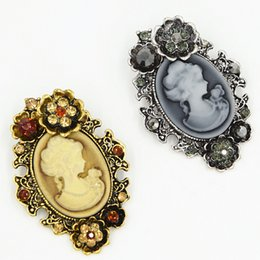 Wholesale Wholesale Cameo Brooches - Retro Style Women Cameo Gift Brooch For Hijab Wear Elegant Party Women Costume Broach Pins Vintage Cameo Brooches