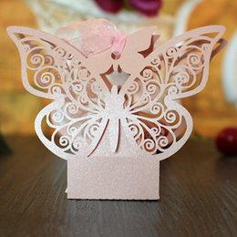 Wholesale Pearl Gift Boxes - Large Butterfly Laser Cut Party Favors boxes Candy Box Pearl Paper Gifts Box for Marriage Birthday Shower Christmas Party Decorations
