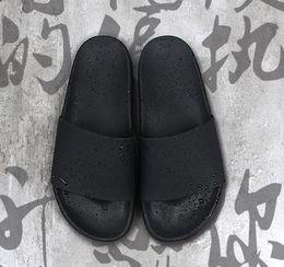 Wholesale Men Printed Shoes - new brand Beach Slippers 15SS Men Flats Sandals Non-slip Bathroom Slippers slipper ss supreme black red summer house shoes men slippers
