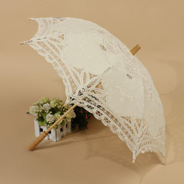 Wholesale Lace Parasols For Weddings - New Arrival White wedding Parasols handmade umbrellas Lace artifull Garden bridal Parasols For Bridal Bridesmaid Wedding Diameter 32 inches