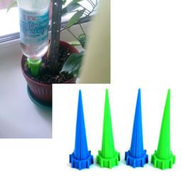 2020 kits de espiga 4 Pçs / lote Kits de Irrigação de Rega Automática Do Jardim-Planta Flor Controle de Água Gotejamento Cone Spike Waterer Garrafa Sistema de Irrigação kits de espiga barato