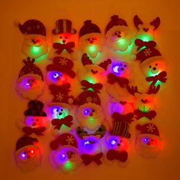 Wholesale Christmas Glowing Star - Christmas Gift LED Glowing Santa Snowman Deer Bear Glow Flashing Cartoon Brooch Badge Toy Christmas Luminous Decoration