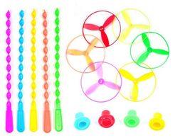 Beleuchtung plastikscheiben online-Neue 10 Teile / los Spin Mix Farbe Licht Outdoor Spielzeug Fliegende Untertasse Disc Frisbee Kategorie UFO Kunststoff Kinder Spielzeug Baby Geschenk Großhandel