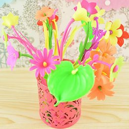 Wholesale Plastic Flowers Design - 6 Pieces Mixed Flower Plant Ballpoint Pens Fashion Hot Creative Stationery Bloom Sweet Lucky Flowers Pen Design Pen Cute Prize Gifts