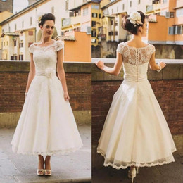 Wholesale Tea Length Ball Dresses - Elegant Beach 1950's Style Short Wedding Dresses Sheer Flower Sash Lace Cover Button Back Tea Length Bridal Gowns Ball Formal Custom