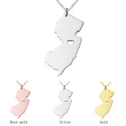 joyería nj Rebajas New Jersey Mapa colgante de acero inoxidable collar con corazón de amor EE.UU. estado geografía mapa collares joyas para hombres y mujeres