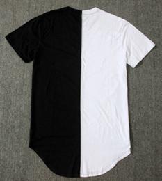 Adam Si Tun Yarım siyah beyaz Yeni Tasarımcı 2017 Erkekler Yaz Elbise Tee Tshirt Hip Hop Sokak Moda T gömlek Casual Kısa T-shirt nereden