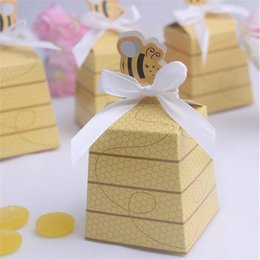 Wholesale High Quality Candy Boxes - Candy Box High Quality Paper Little Bee Trapezoid European Gift Box Cardboard Beautiful Gift Craft For Wedding Ceremony