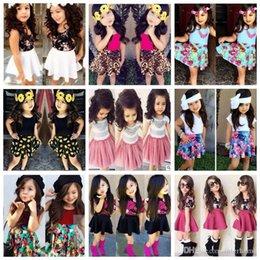 vestiti casuali delle ragazze si regolano Sconti Baby Floral Clothing Sets Ragazze Summer T-shirt Gonne Moda Tutu Dress Camicie Abiti Top fiore + Stripe Gonne vestiti in due pezzi B1851