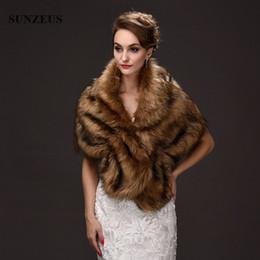Wholesale Bolero Marrom Mulheres Inverno Quente Faux Fur Cape Mariage Noite Estola de Casamento Wraps Nupcial Xales coprispalle sposa
