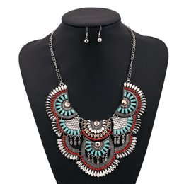 Wholesale European Beads Earrings - Women's Retro Personality Fish Scales Resin Pendant Alloy Bead Clavicle Chain Necklace Earrings Accessory European And American Jewelry Sets