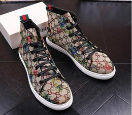 Wholesale High Fashion Red Shoes Men - 2017 High Quality Fashion Men High Top British Style Rrivet Shoes Men Causal Luxury Shoes Red blue Black Bottom rubber Shoes for Male