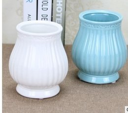 Wholesale Wholesale White Ceramic Vase - Can be installed in water temperature pattern of Rome white glaze simple modern ceramic vase flower wholesale simulation